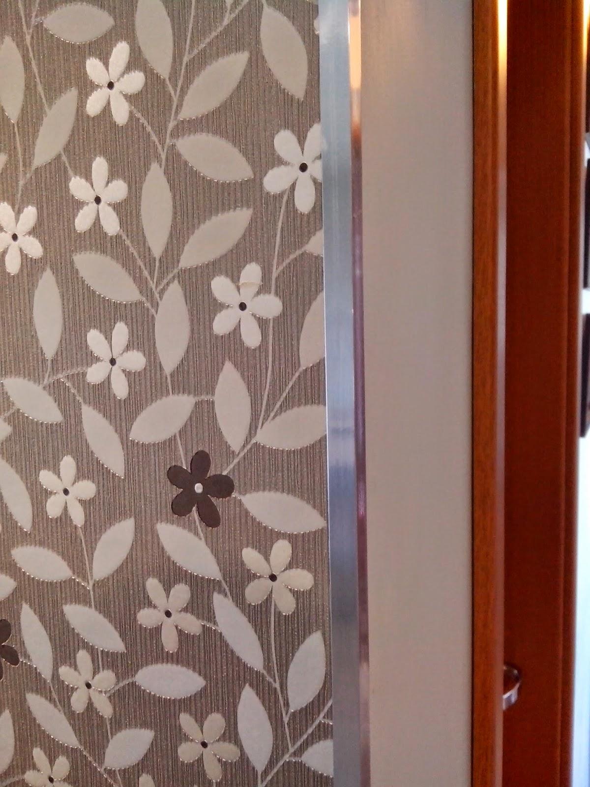 #4C160C Reforma do meu apê: Papel de parede e espelhos 1650 Janela De Aluminio Leroymerlin