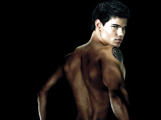 Taylor Lautner hd Wallpapers 2012