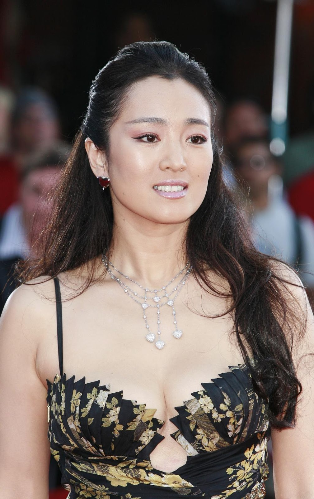 Gong Li | HD Wallpapers (High Definition) | Free Background