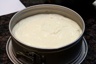 cream-cheese-filling-in-pan