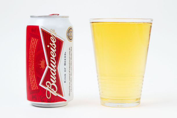 We Sampled 10 Different Imported Beers and Here Are Our Favorites - Budweiser
