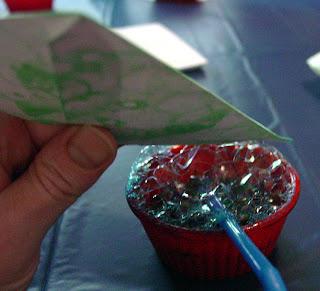 bubble tie-dye