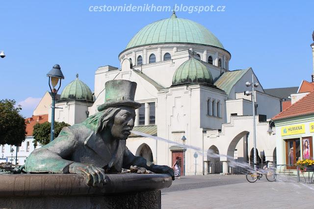 fontána s Vodníkem // a fountain in Trencin