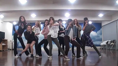 SNSD+-+Mr.Taxi+(Practice)+Download+(2).jpg