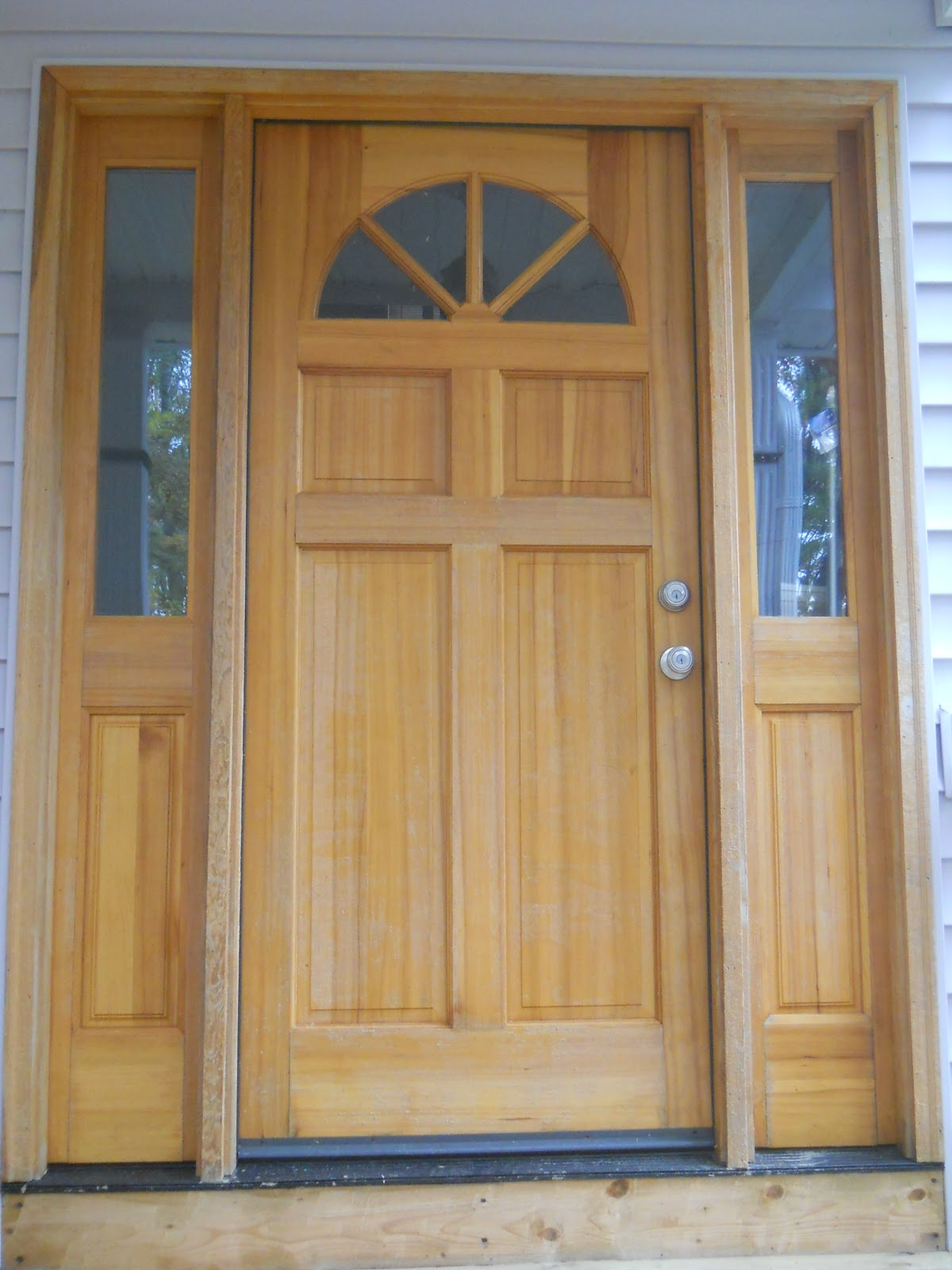 Projects: New life for a tired front door