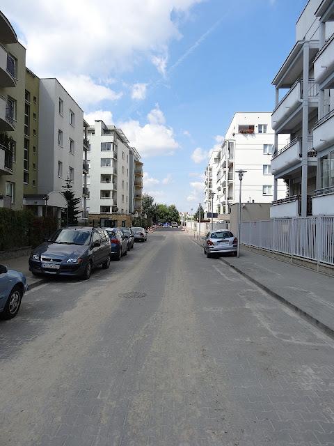 droga wewnętrzna do ulicy Osmańczyka