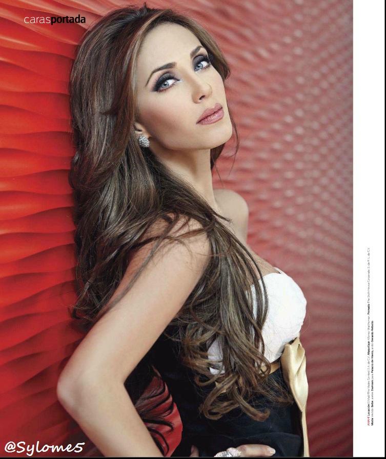 Scans de revista Caras: Las 10 mas guapas de la television