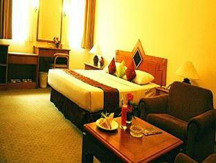 Hotel Royal Dago Jl Ir H Djuanda 169 156