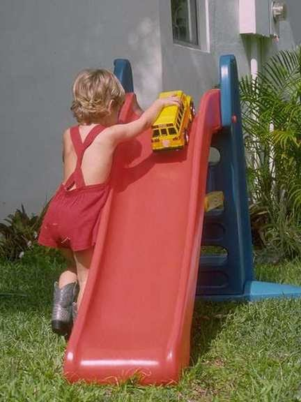 motorik anak, kegiatan motorik, melatih motorik anak.