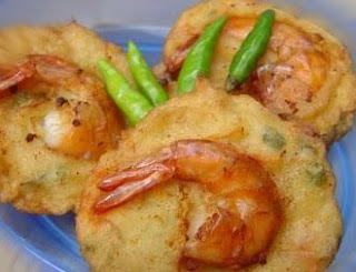 Shrimp and Beansprout Fritters Bakwan