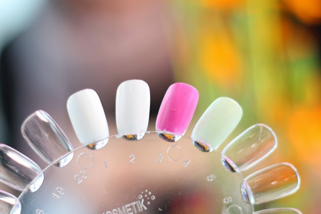 Essence Sortimentsumstellung Frühjahr 2015 nagellacke eyebrow gel swatches tragefotos produktbilder