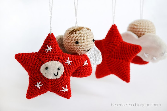 Crochet amigurumi christmas decorations in red and white - besenseless.blogspot.com