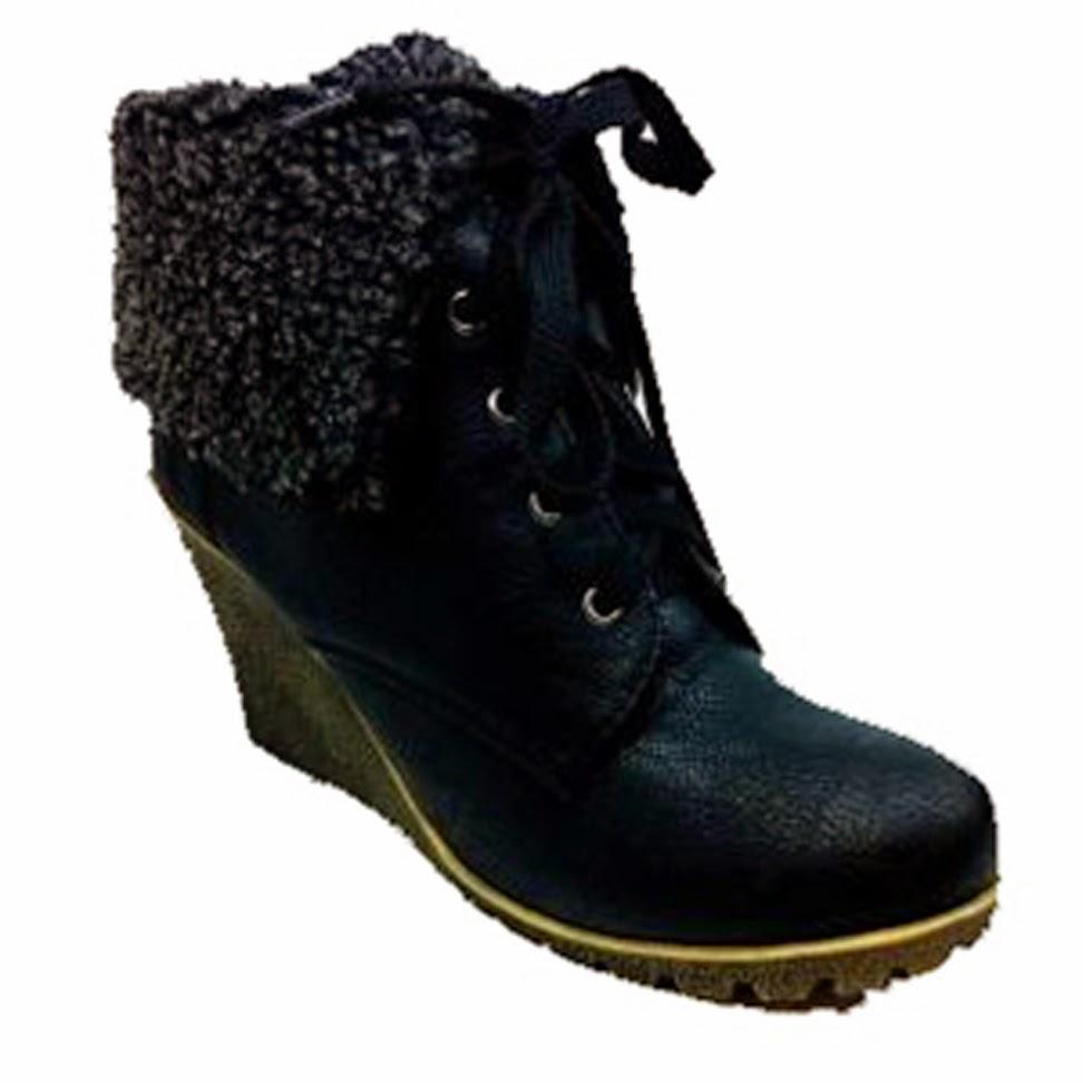 http://www.ebay.fr/itm/bottines-noires-fourrees-compensees-femme-en-noir-chaudes-35-36-37-38-39-40-41-/301031902164?ssPageName=STRK:MESE:IT
