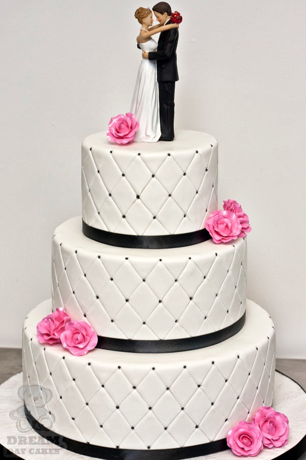 Quilted Cake Design : Ramuan Serimpi: Auntie s Wedding Cake - Quilted Pattern