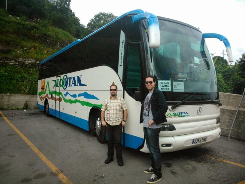 Autobuses de asturias de cochera en cochera for Camiones usados en asturias