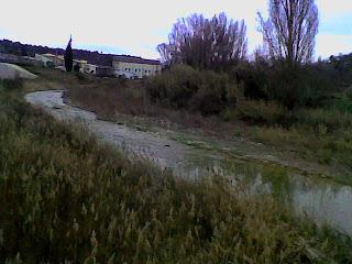 Senda de los Azudes en Pozán de Vero (Somontano, Huesca, Aragón, España)