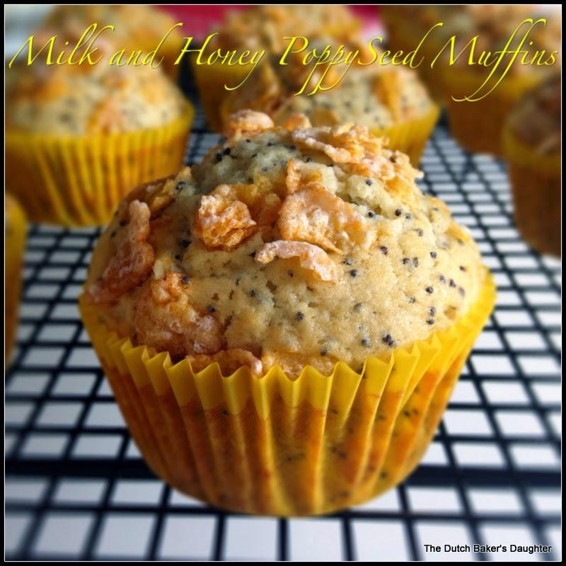 milk and honey poppy seed muffins #improv