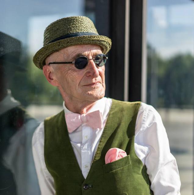 Vovô de 104 anos da um show de estilo e elegância na Internet