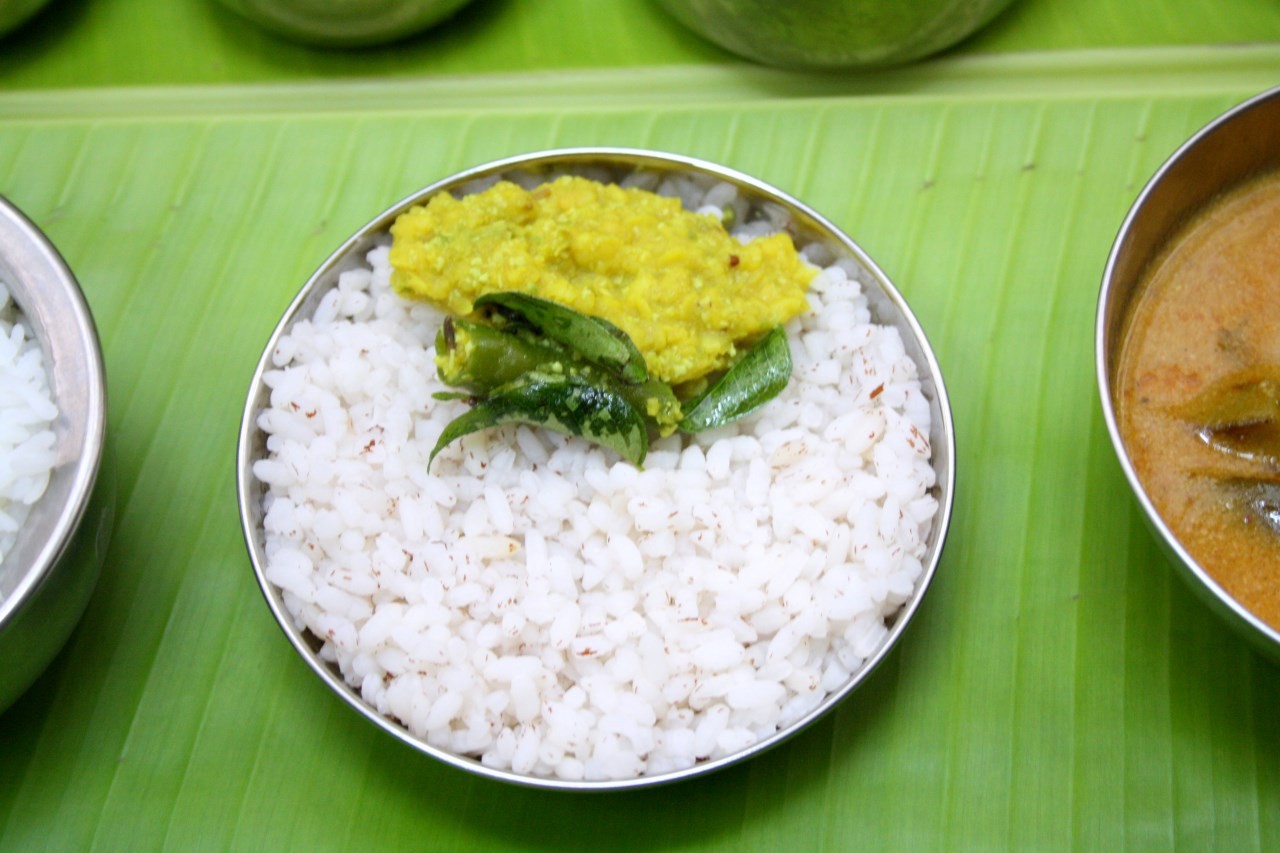 Spice your life onam sadya recipes keral sadya lunch menu for Cuisine kerala