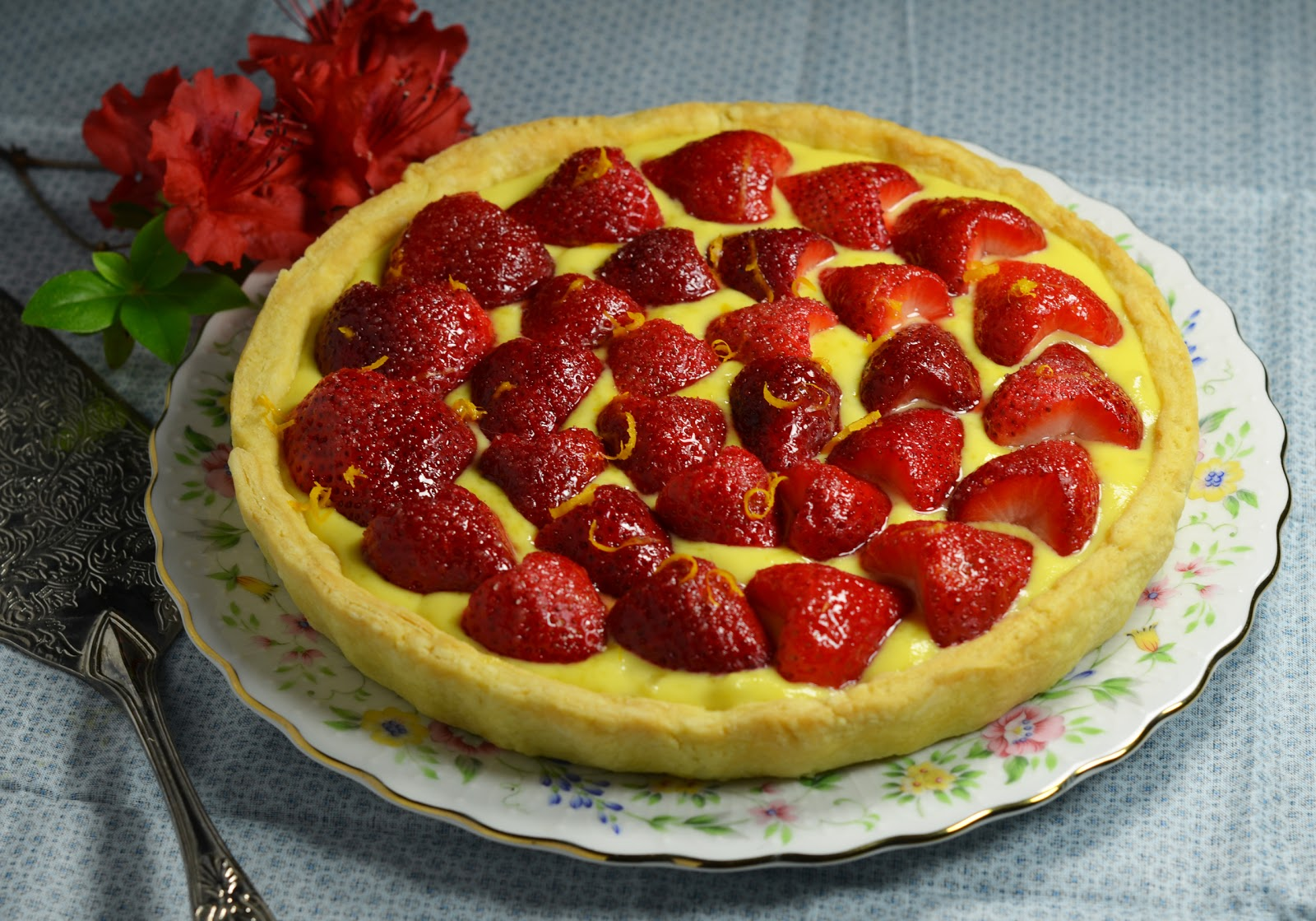 ... pie with almond crust honeyed greek yogurt and strawberry tart with