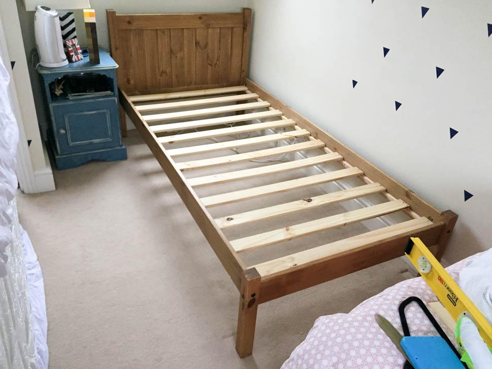 Кровать как в икеа своими руками
