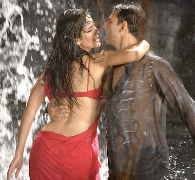 katrina kaif hot movie de dana dan