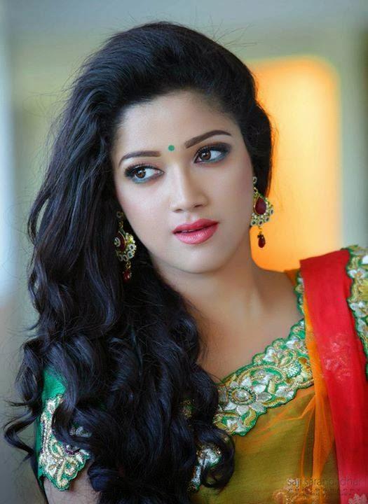 Abhirami Actress Actress Abhirami Sures...