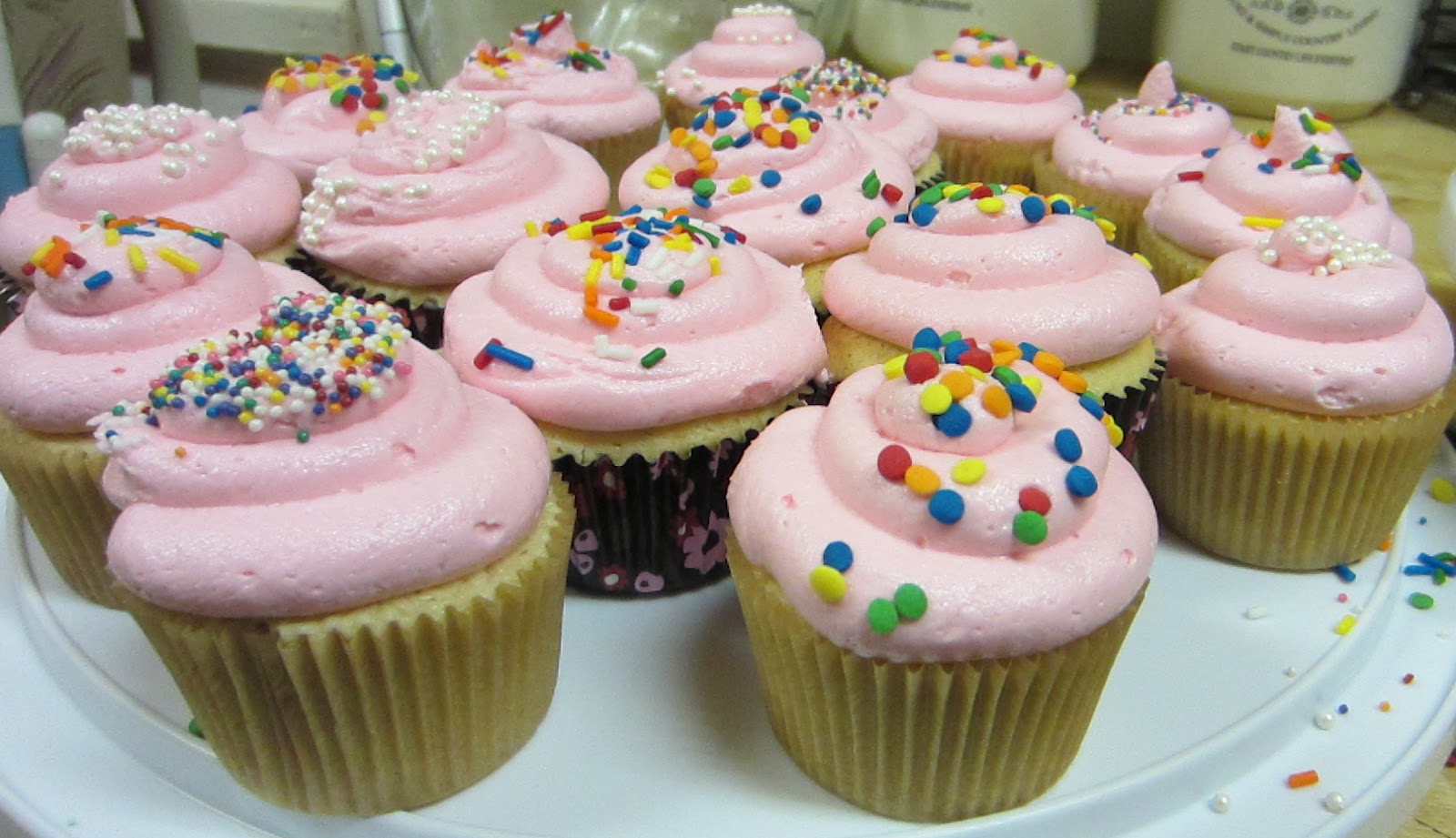 How To Make Bakery Style Cupcakes