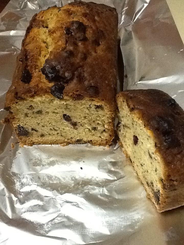 Blueberry-chocolate cake