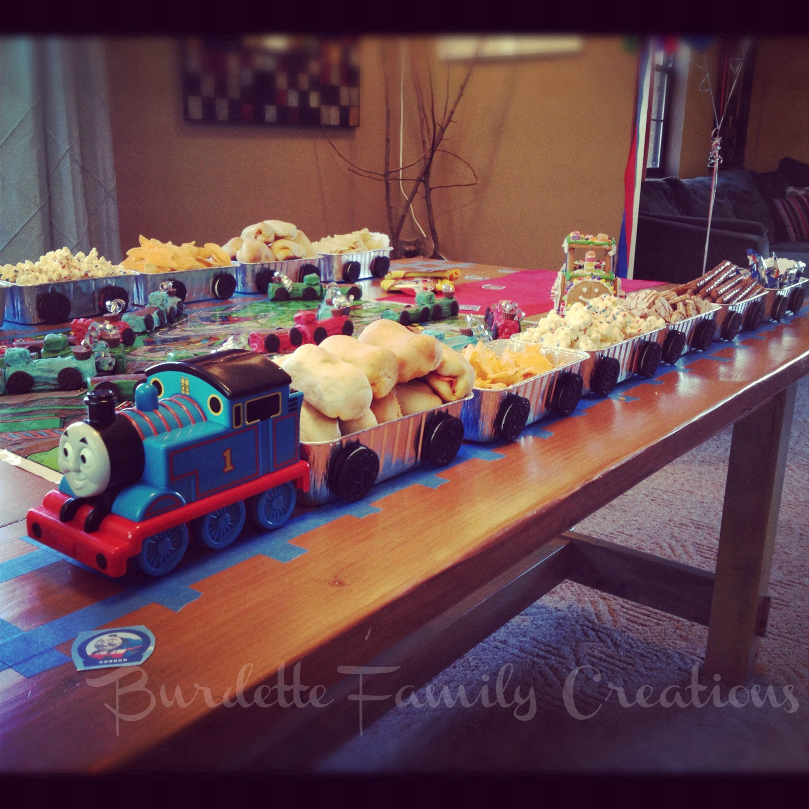 Burdette Family Creations: Thomas The Train Birthday Party
