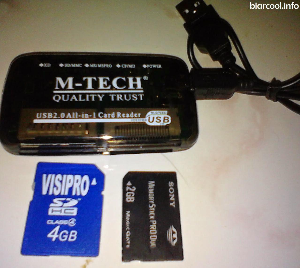 menyiapkan usb memory card reader untuk  menyelamatkan data