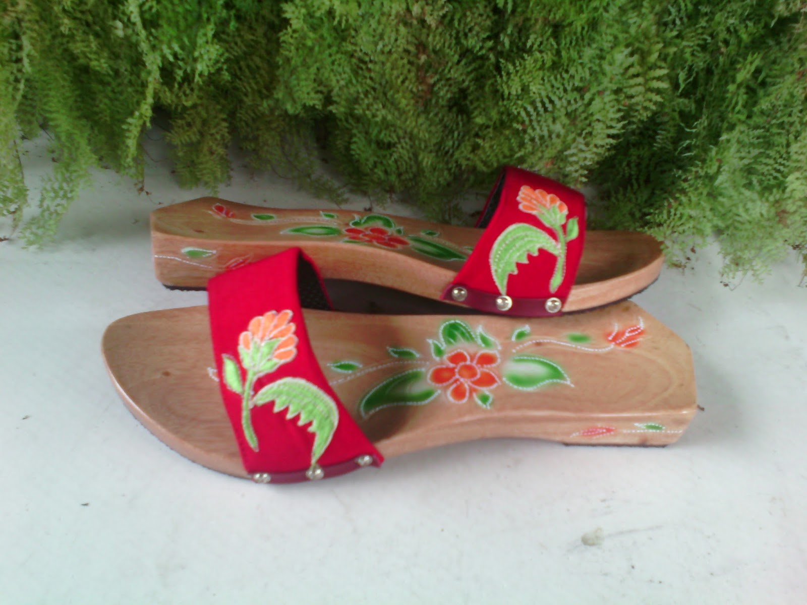 Koleksi Sandal Wanita (Kelom Geulis Tasikmalaya)