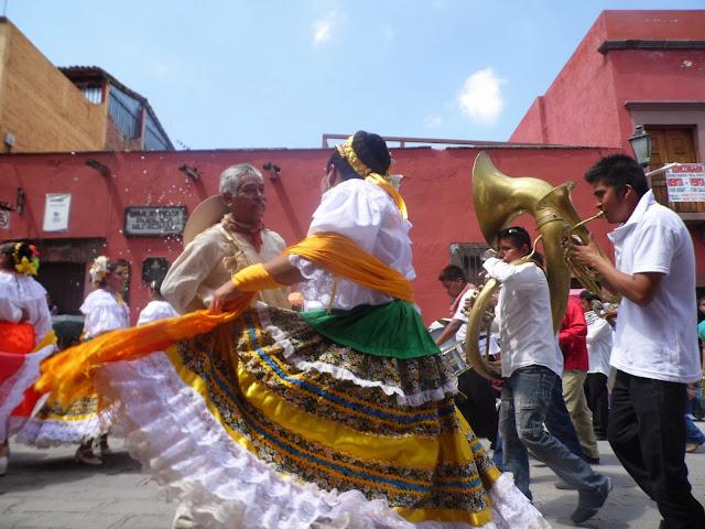 danzantes - san miguel de allende