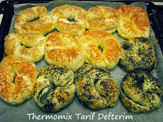 Plain, Cheese and Olive Bagels with Thermomix