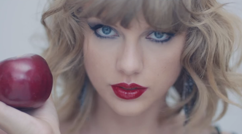 Taylor Swift Blank Space Music Video Makeup Look