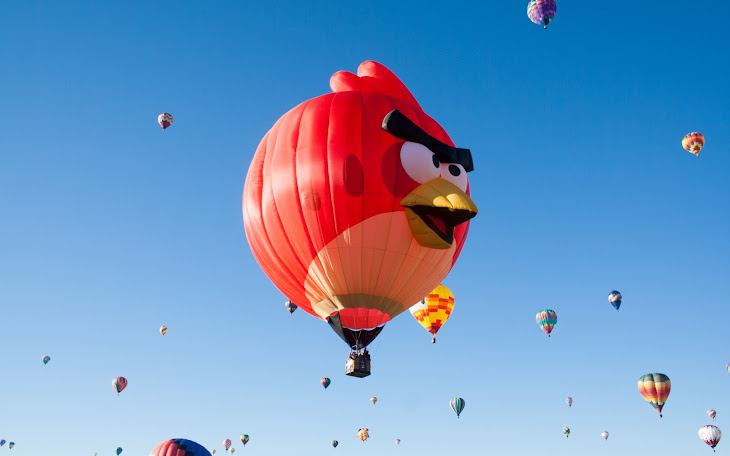Angry Birds Hot Air Balloon in the Air