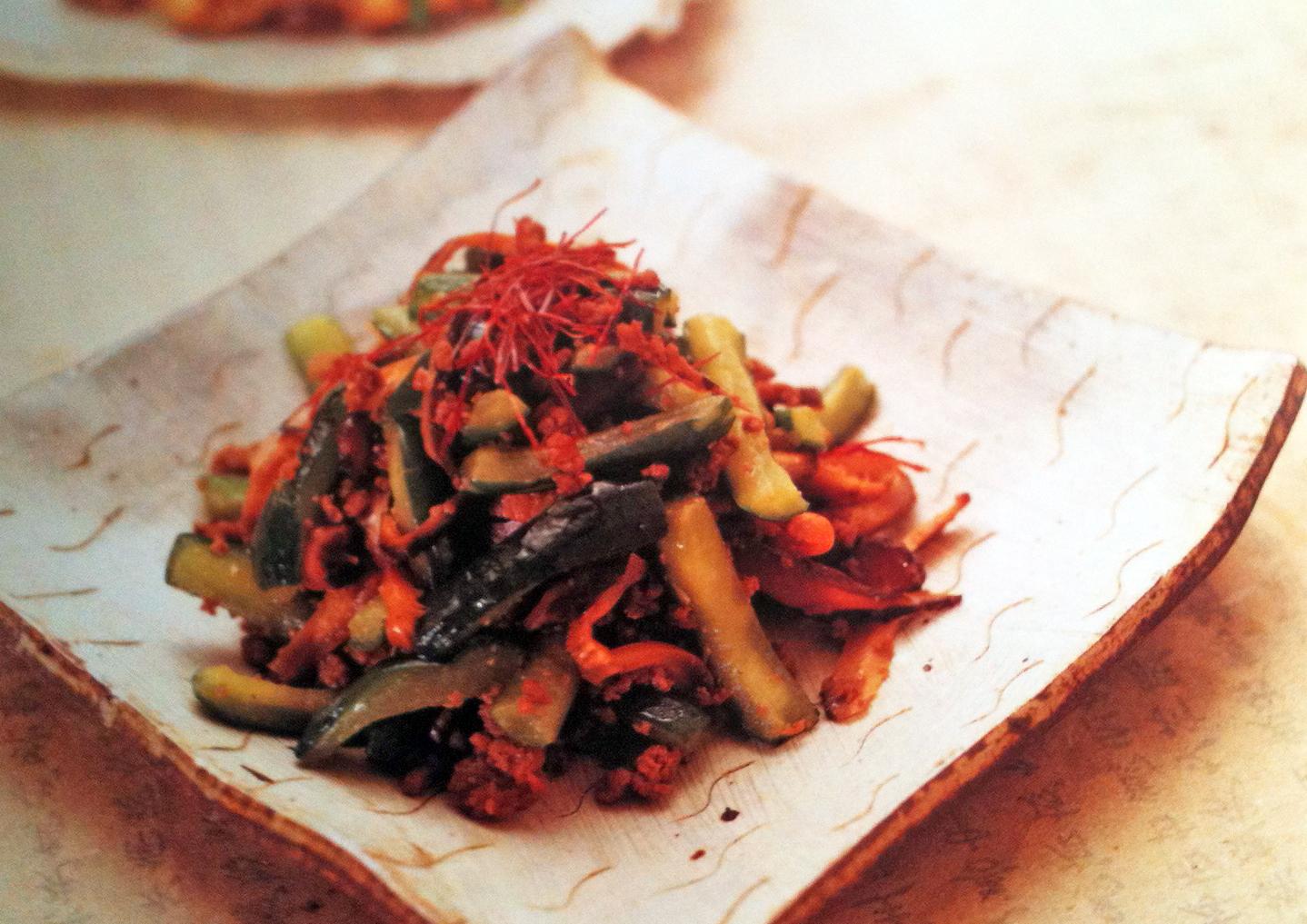 Cuisine cor enne boeuf saut aux concombres kimshii for Cuisine coreenne