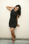 Ishika singh latest photos-thumbnail-6