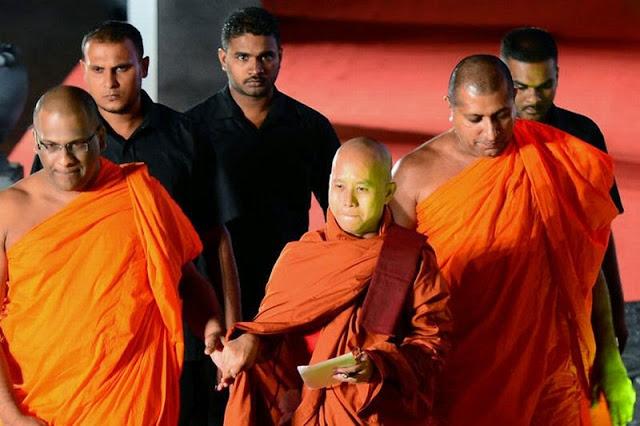 Siapa Sebenarnya Sosok Biksu Ashin Wirathu Itu?