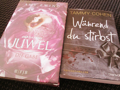 http://www.amazon.de/Das-Juwel-Die-Gabe-Roman/dp/3841421040/ref=sr_1_2?ie=UTF8&qid=1449955360&sr=8-2&keywords=juwel