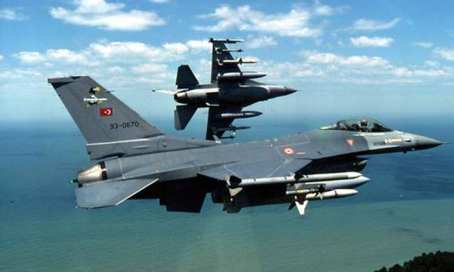 Τουρκικά μαχητικά κράτησαν το ελικόπτερο του Κουρουμπλή καθηλωμένο για 30 λεπτά στη Στρογγυλή