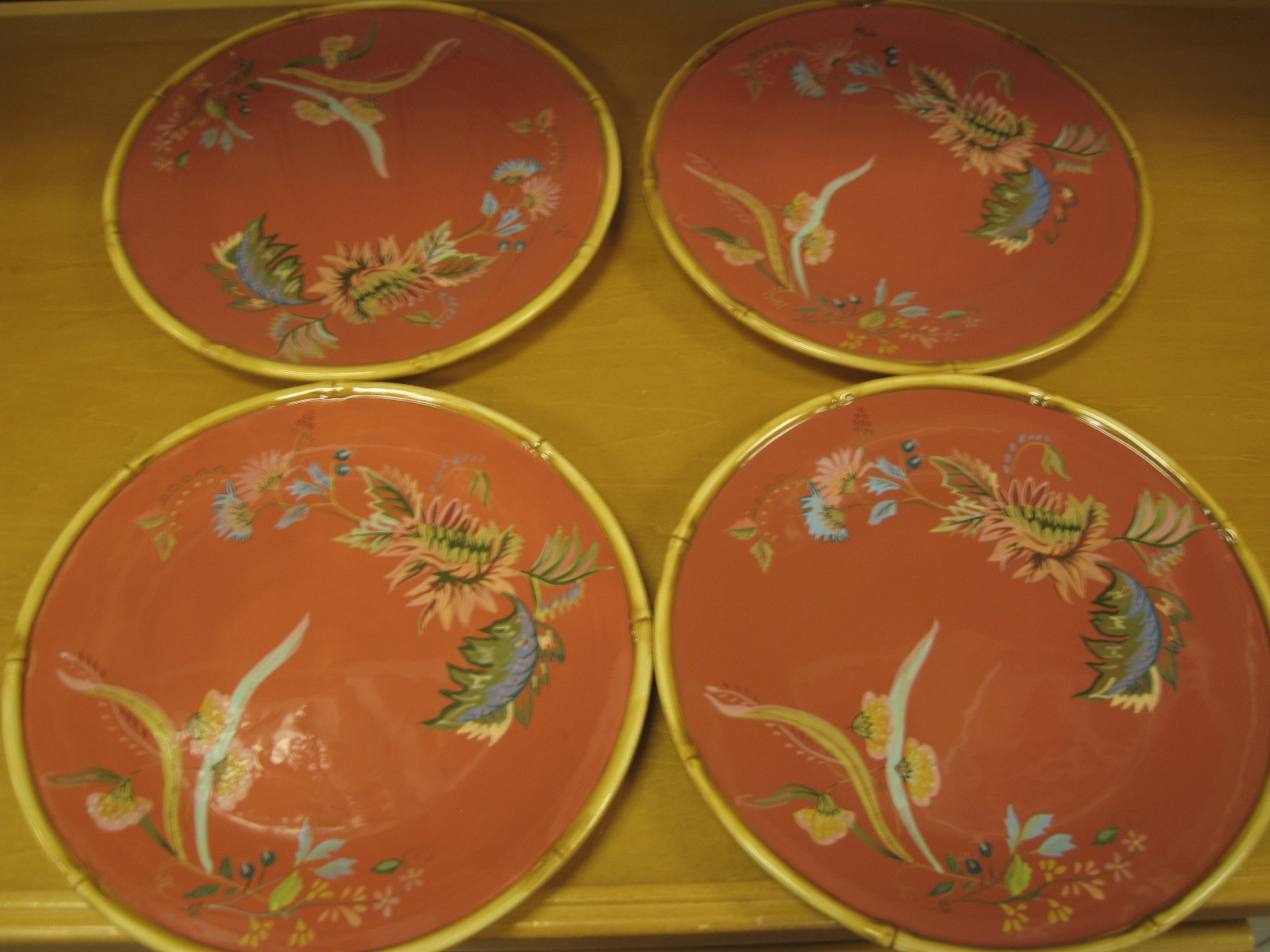These Tracy Porter  The Artesian Road Collection  dinner plates ... & Gannonu0027s Antiques: Tracy Porter The Artesian Road Collection China.
