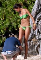 Raica Oliveira hot bikini body