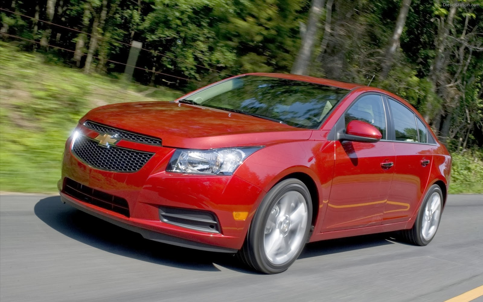 http://www.crazywallpapers.in/2014/03/chevrolet-cruze-hd-wide-pictures.html