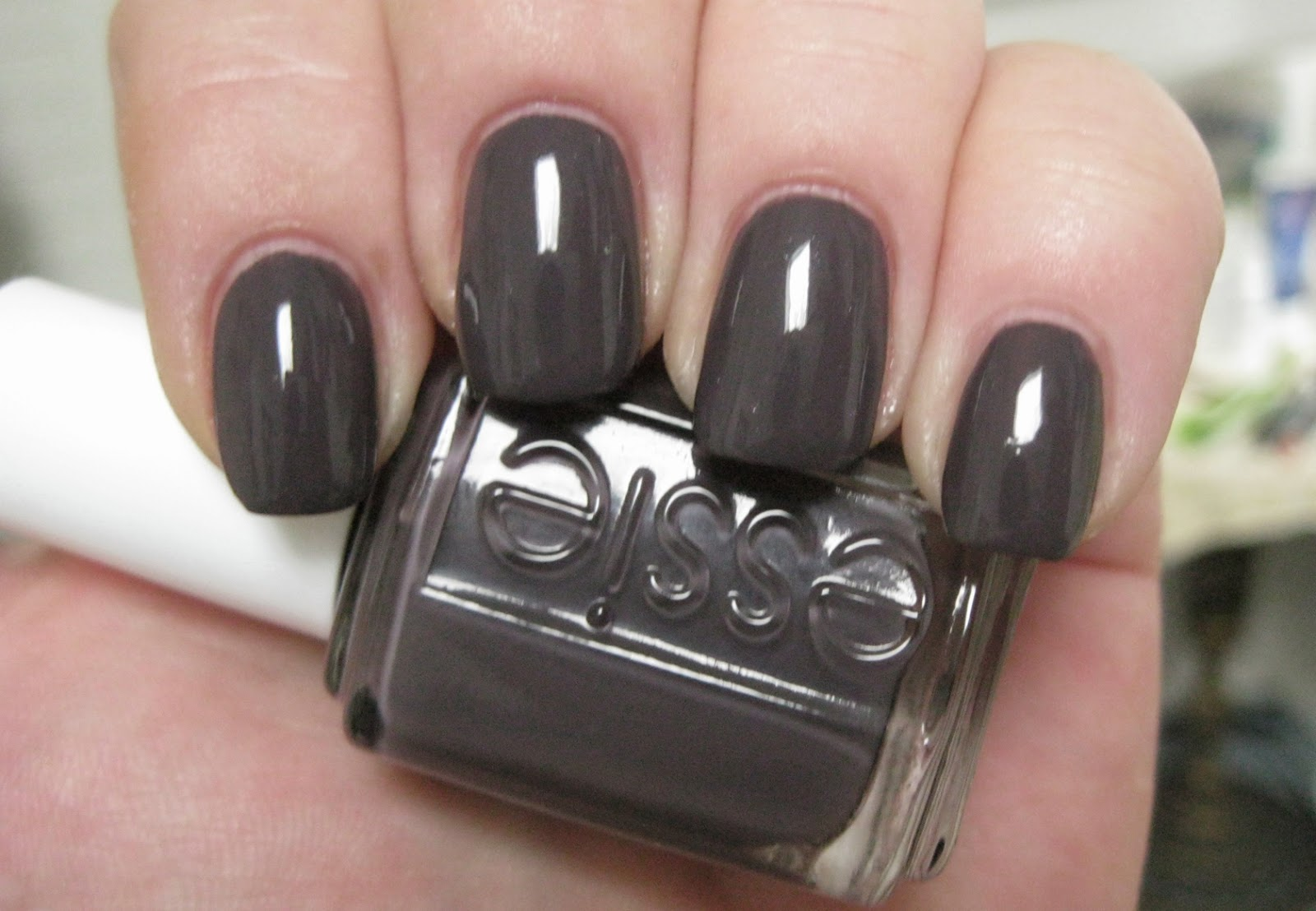 Lacquer Slacker Liz: Essie Smokin\' Hot