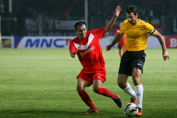 Legenda Sepakbola Dunia Taklukan Indonesia All Stars 5-2