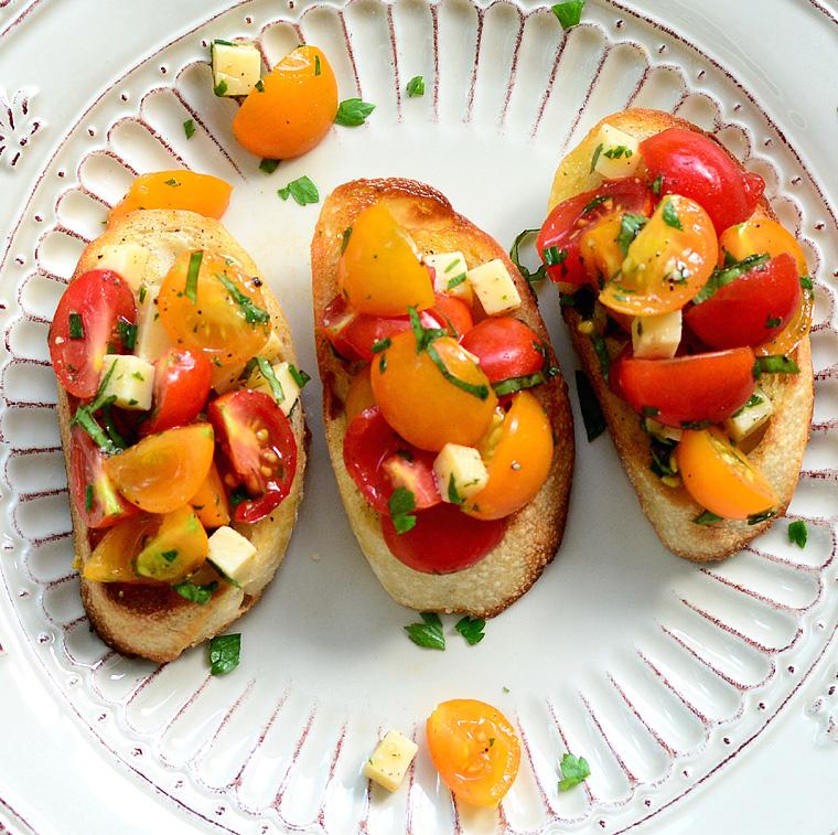 Cherry Tomato and Smoked Gouda Bruschetta