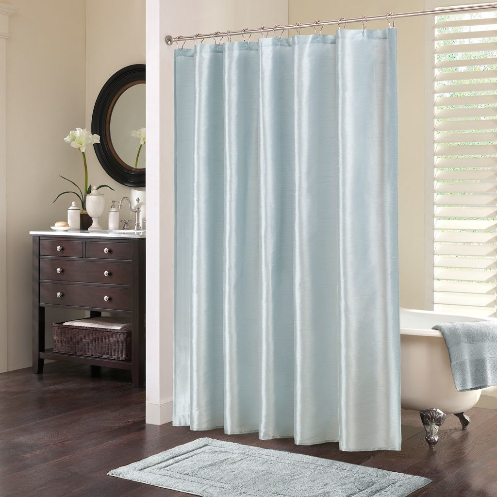 Elegant Bathroom Curtain Ideas