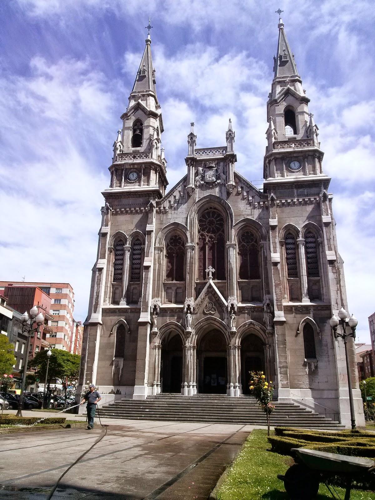 aviles asturias iglesia