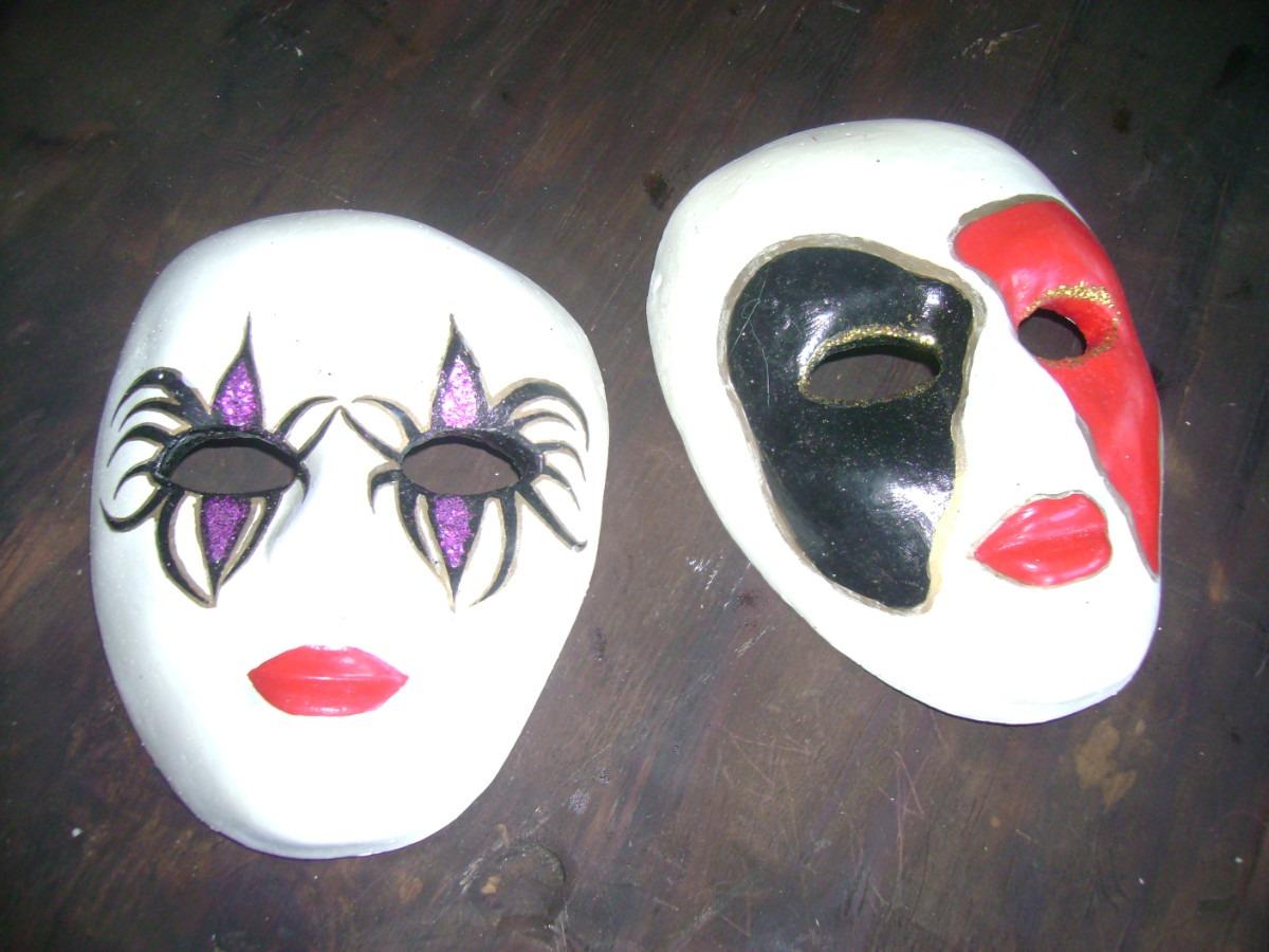 Leire Mascara de Yeso